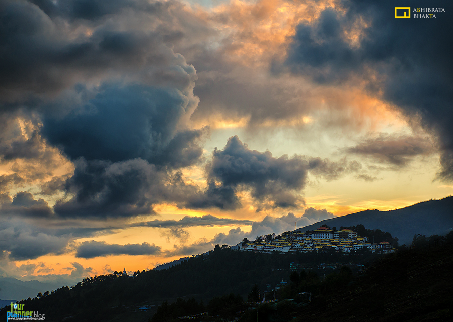 tour planner blog, tawang monastery, sunset
