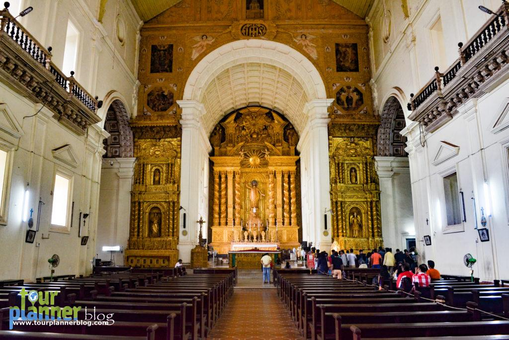 Basilica of Bom Jesus - From inside