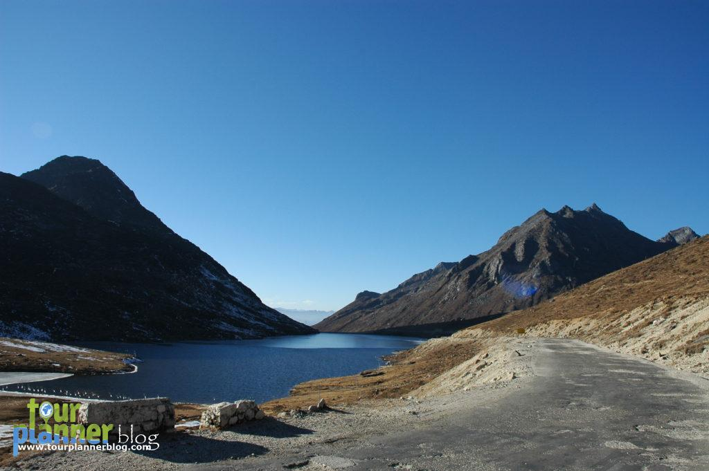 Sela Lake, on the way towards Tawang